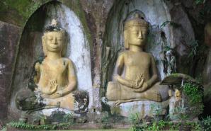 Statuts buddha Laos
